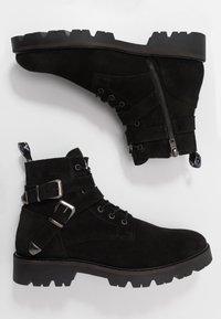 Society - RESERVE - Šněrovací kotníkové boty - black - 1