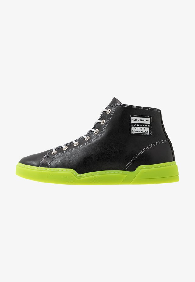 MAVERICK - High-top trainers - black
