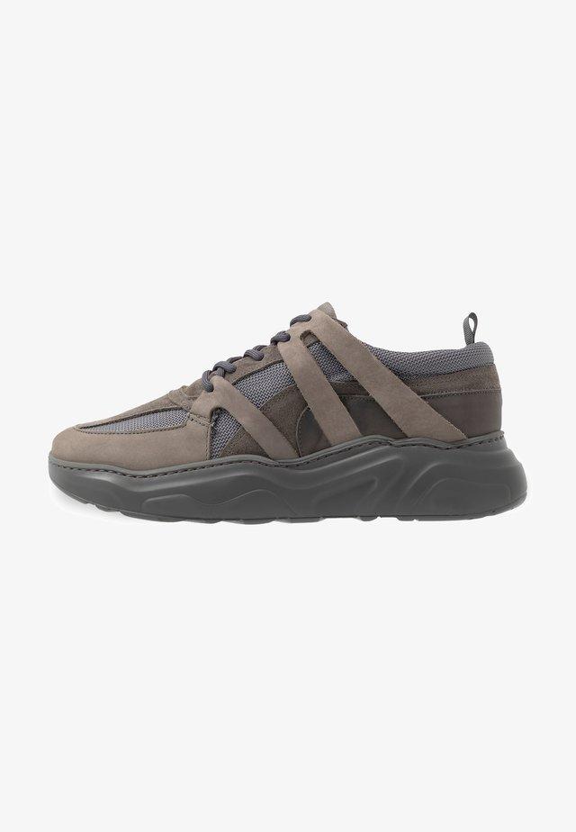 STALKER - Sneaker low - grey mono