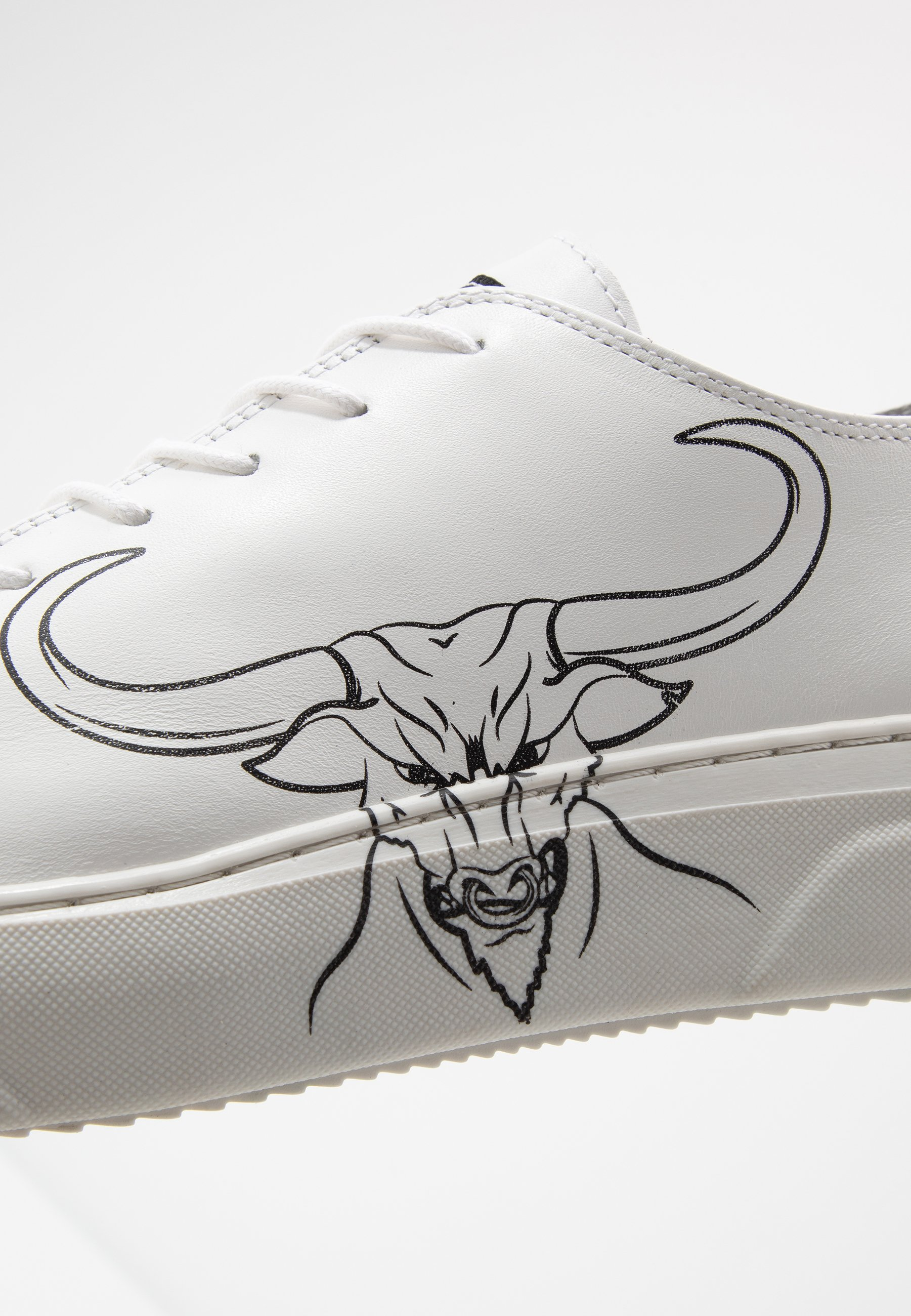 Society Predator - Sneakers White Sauvage