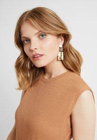 Soko - MAXI CALA EARRINGS - Earrings - natural - 1
