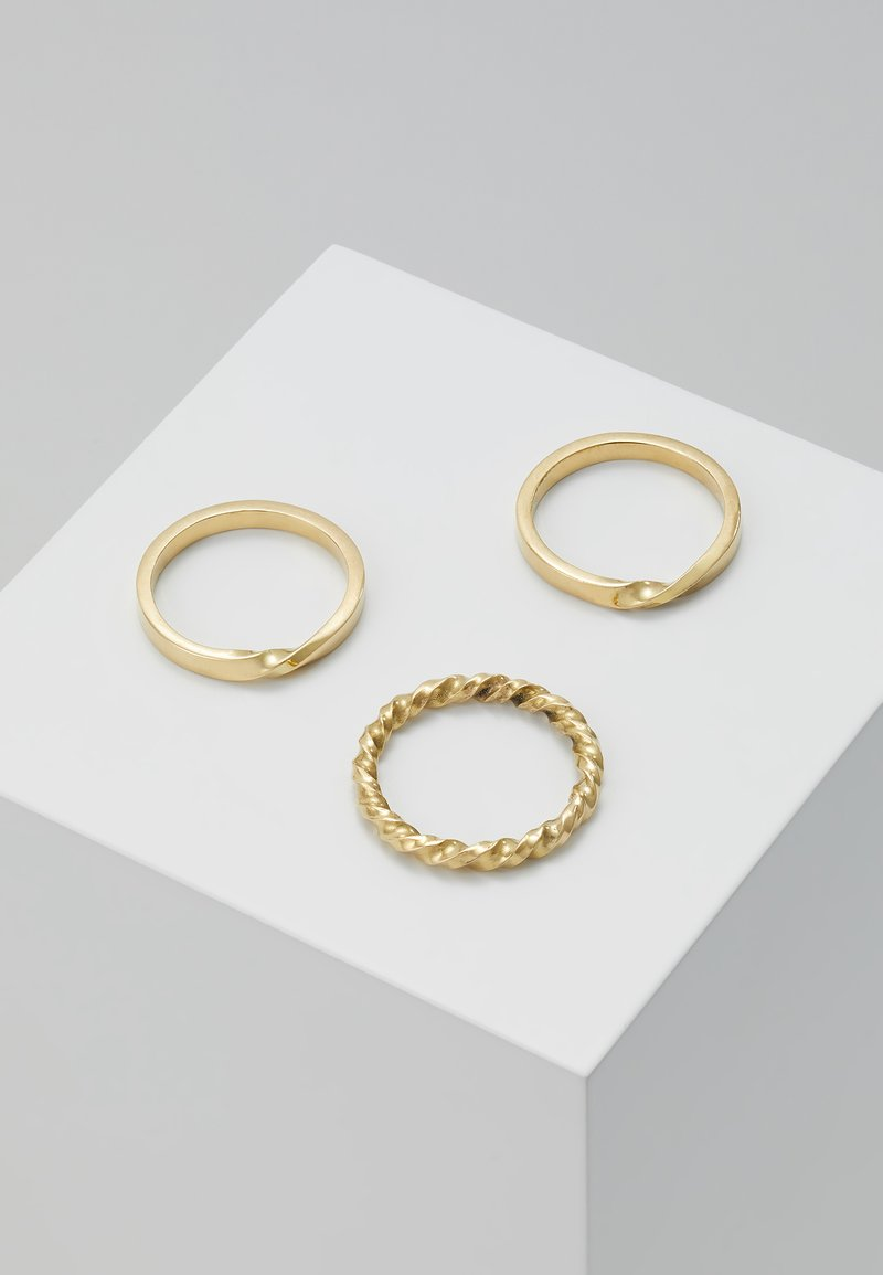 Soko - TWIST STACKED RINGS 3 PACK - Ringe - gold-coloured