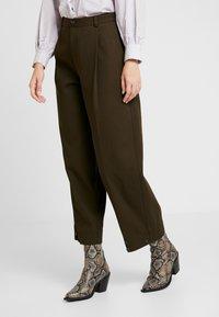 Soeur - FELIX - Pantalon classique - kaki - 0