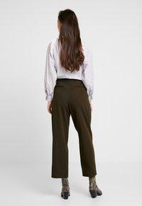 Soeur - FELIX - Pantalon classique - kaki - 2