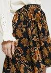 Soeur - GOMA - A-line skirt - orange