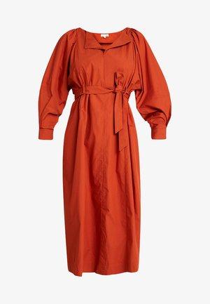 FAVIGNANA - Vestido camisero - brique