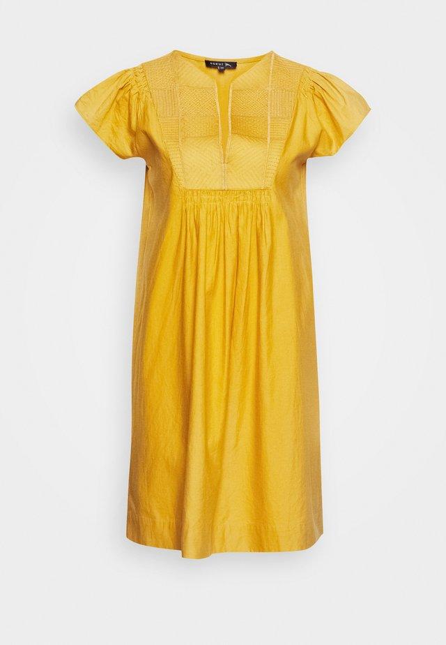 JEANNETTE - Day dress - safran
