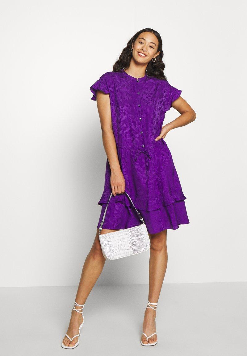 Soeur - JIULIA - Košilové šaty - violet