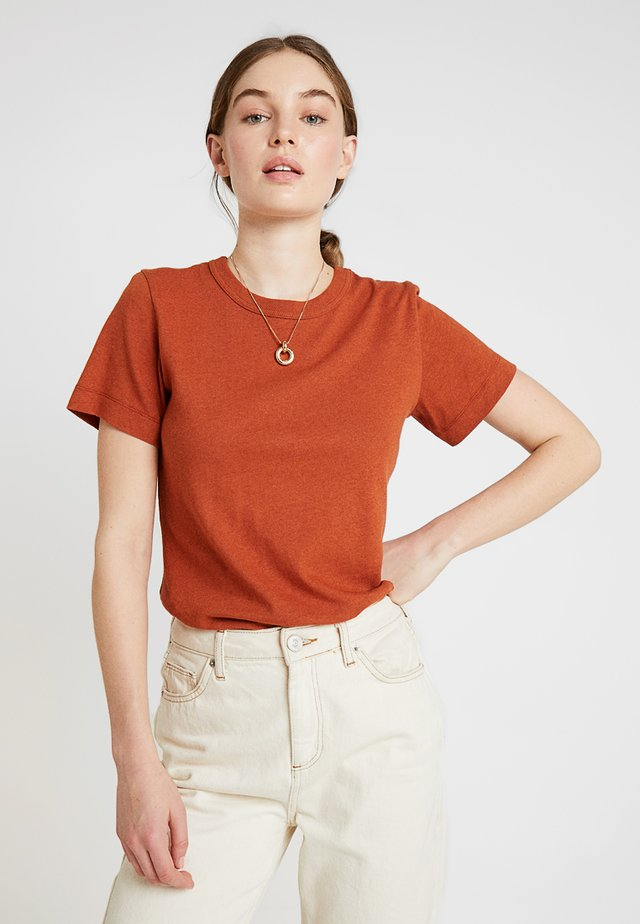 CYRIL - T-Shirt basic - terre brulee