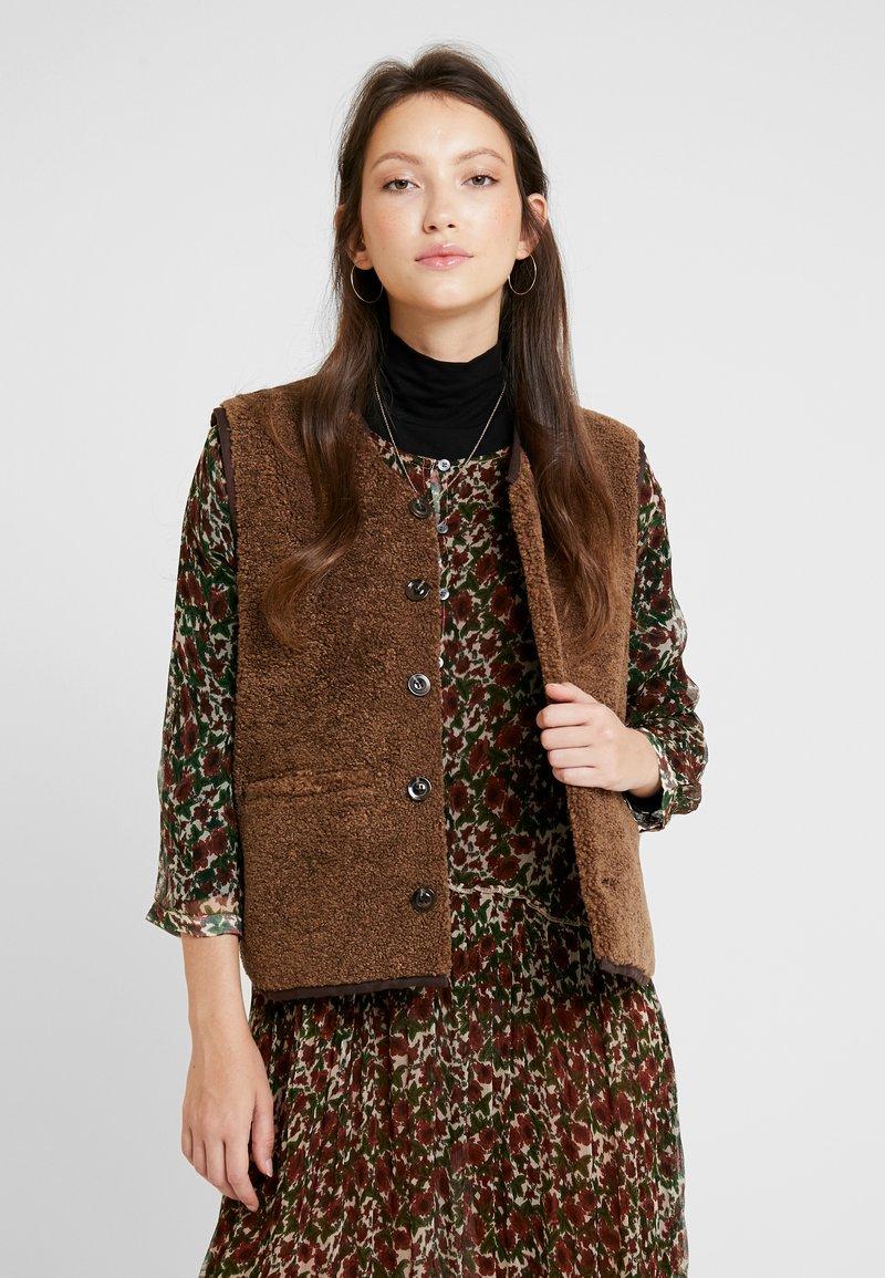 Soeur - FUSIL - Waistcoat - marron