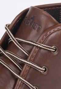 Soviet - Chaussures à lacets - brown - 6