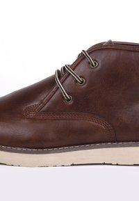 Soviet - Chaussures à lacets - brown - 5