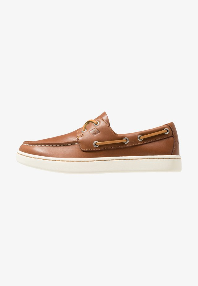 SPERRY CUP 2-EYE - Boat shoes - tan