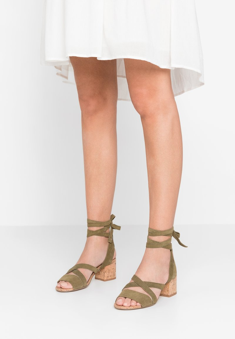 SPM - AVROLA - Sandals - kaki