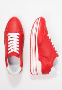 Steven New York by SPM - LEANRUN - Trainers - red white - 3