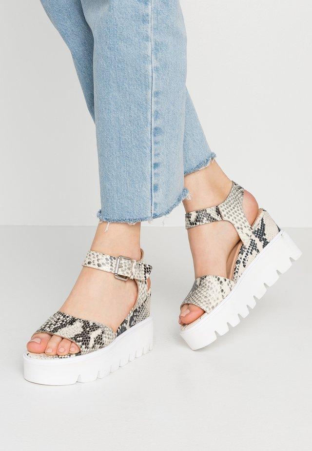 YOSCA - Højhælede sandaletter / Højhælede sandaler - white
