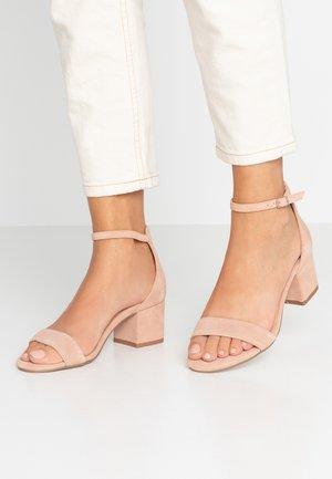 LUISA - Sandały - blush