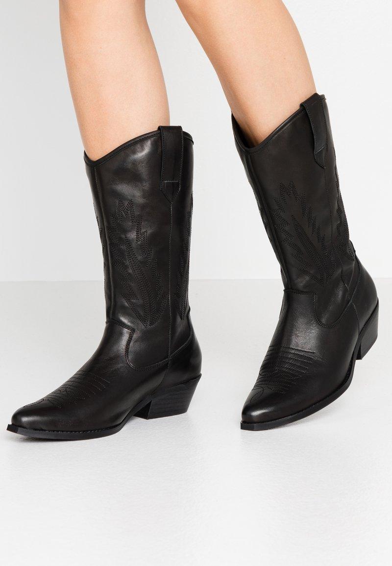 Steven New York by SPM - INSTA FEATHER - Cowboy/Biker boots - black