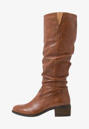 MONIE - Boots - cognac
