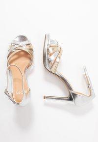 Steven New York by SPM - CACY - High Heel Sandalette - silver/gold - 3
