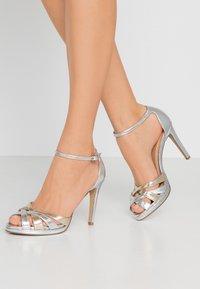 Steven New York by SPM - CACY - High Heel Sandalette - silver/gold - 0
