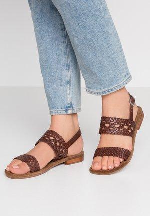 SANDY - Sandales - brown
