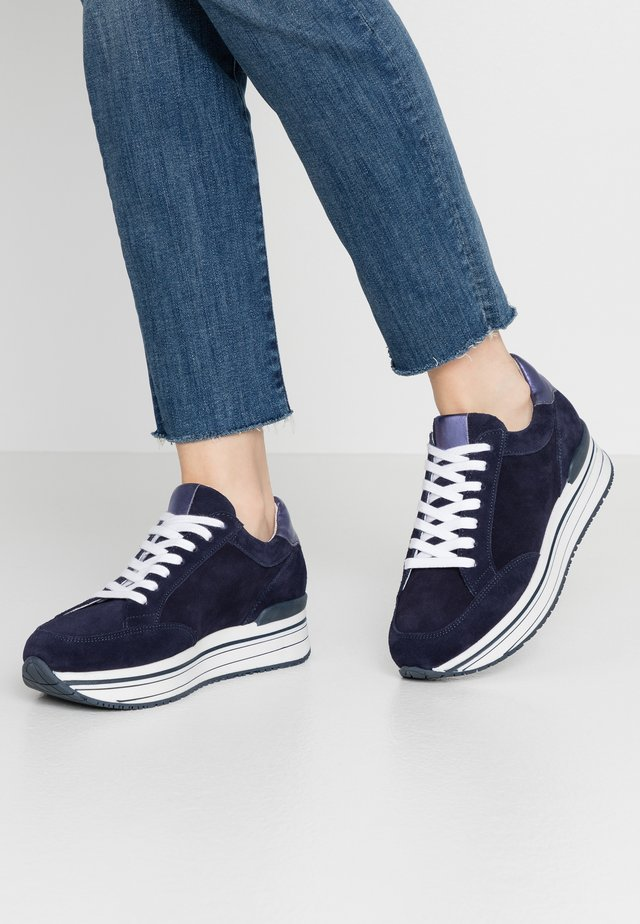 LEANRUN - Sneakers basse - dark navy/purple