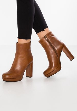 NANPURL - High heeled ankle boots - cognac