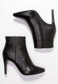 Steven New York by SPM - NOLI - Højhælede støvletter - black - 3