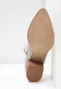 Steven New York by SPM - NEVA - Ankle boots - beige - 6