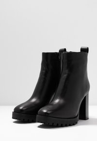 Steven New York by SPM - JONNIE - High heeled ankle boots - black - 4