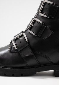 Steven New York by SPM - XOFIR - Stivaletti texani / biker - black - 2