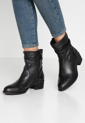 MODETTE - Classic ankle boots - black