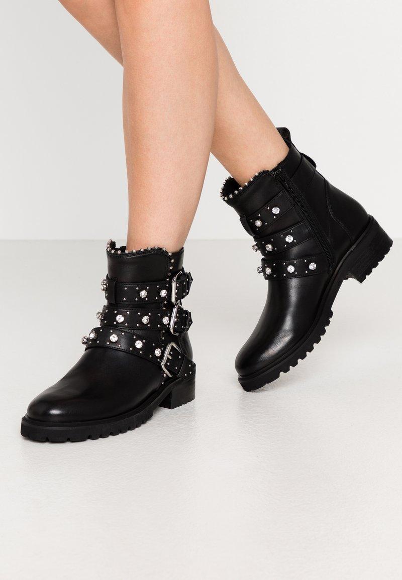 Steven New York - HARMONY - Kovbojské/motorkářské boty - black