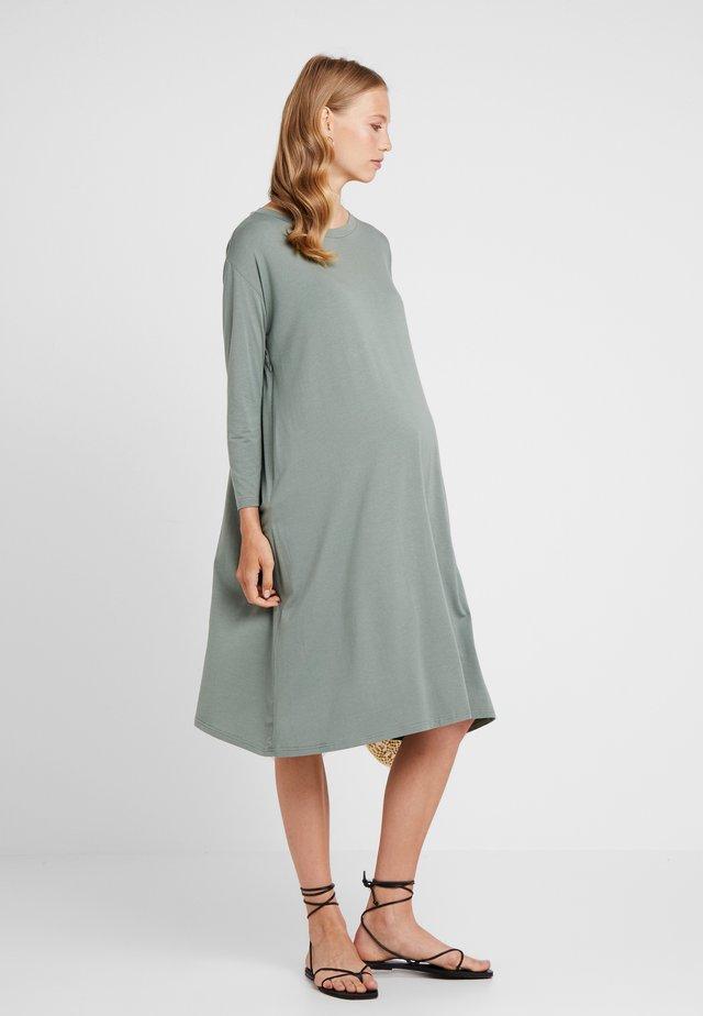DANY DRESS - Žerzejové šaty - olive green
