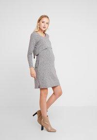 Spring Maternity - COLINE DRESS - Jerseyklänning - grey - 1