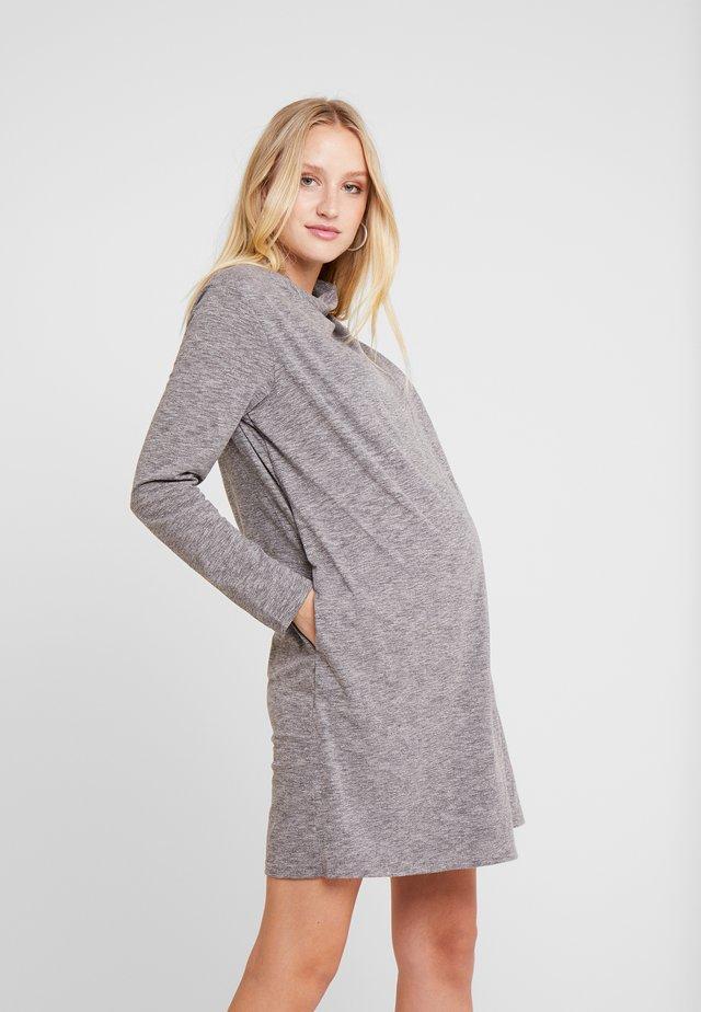 CYRENE DRESS - Jerseykleid - grey