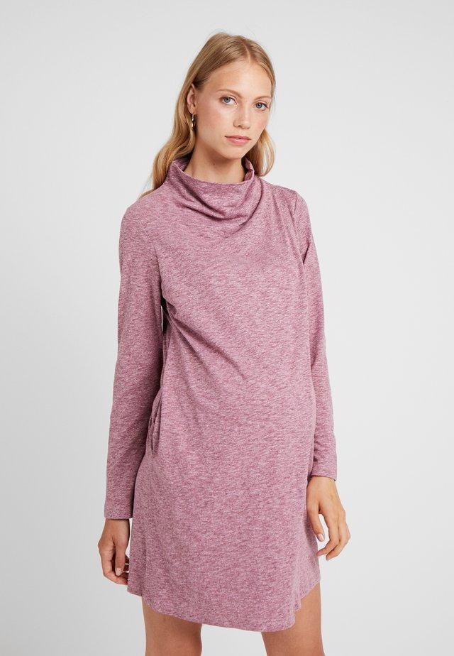 CYRENE DRESS - Trikoomekko - maroon