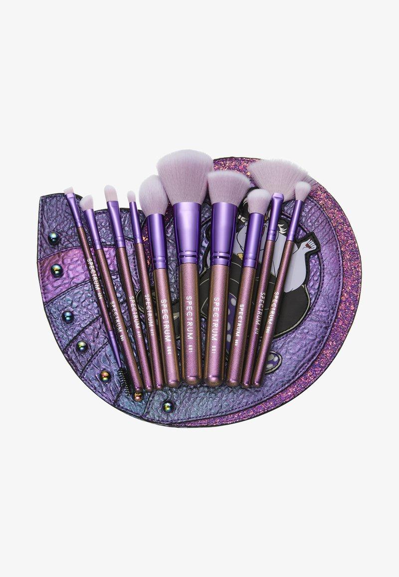Spectrum - URSULA SHELL BRUSH SET - Set de brosses à maquillage - -