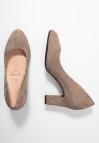 Unisa Wide Fit - Pumps - taupe - 3