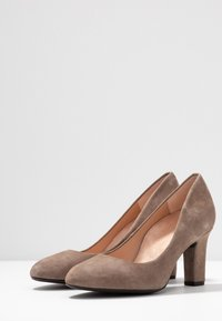 Unisa Wide Fit - Pumps - taupe - 4