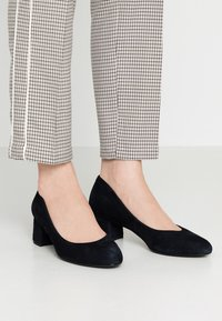 Unisa Wide Fit - Pumps - abyss - 0
