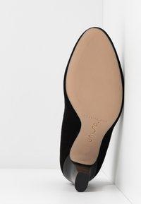 Unisa Wide Fit - ULISA WIDE FIT - Classic heels - black - 6