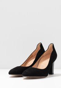 Unisa Wide Fit - ULISA WIDE FIT - Classic heels - black - 4
