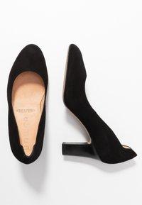 Unisa Wide Fit - ULISA WIDE FIT - Classic heels - black - 3