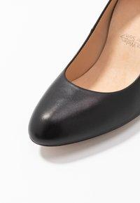 Unisa Wide Fit - UMIS WIDE FIT  - Classic heels - black - 2