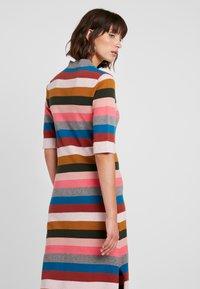 Six Ames - VICTORIA - Strikket kjole - rainbow stripes - 4