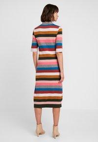 Six Ames - VICTORIA - Strikket kjole - rainbow stripes - 2