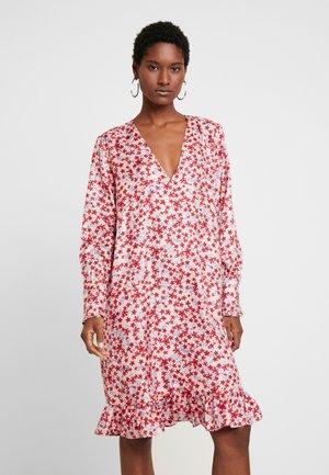 ANDRÉ - Denní šaty - light pink