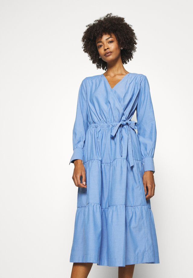 MARLEY - Korte jurk - placid blue